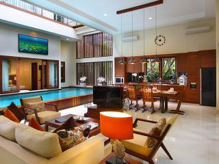 Canggu New 3 Bedroom Villa 2, Seminyak