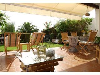 Apartamento con jardín y vistas espectaculares a 5 minutos de la playa, Rota
