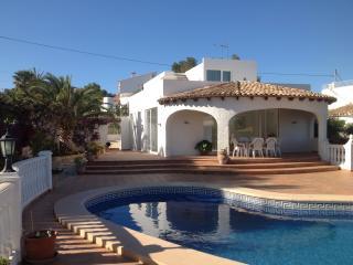 Villa con vistas al mar, juntó a la playa y Wifi, Benissa