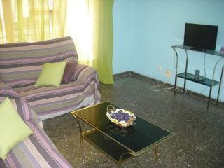 Apartamento de 4 dormitorios en Tarragona equipado