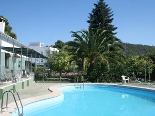 Casa con piscina para grupos, Navajas