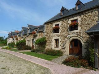 Another view of La Julerie- la Vieille Ferme is far end