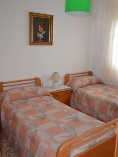 Dormitorio (dos camas individuales)