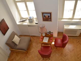 Cottage in the city, special home central & quiet, Budapest