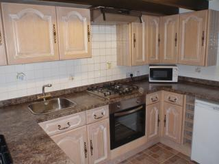 Fully equipped kitchen.  Plenty of crockery, pans and cooking utensils