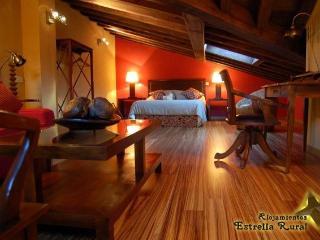 Estrella Rural, 7 alojamientos con encanto. Salon, Braojos
