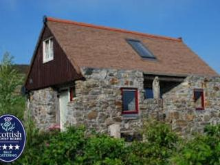 Isle of Harris,  Grandfather's House, 4 * Luxury, 5 min walk to beach, romantic