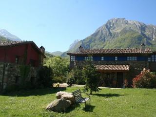 Casa rural con hidromasaje El Grillo, Ricabo