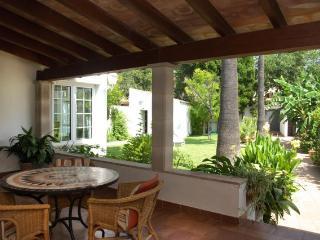 Magnifica casa, con jardín grande, cerca de Palma,