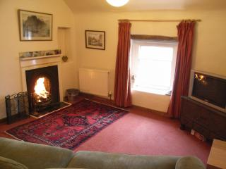 Bank House Holiday Apartment - Sleeps 2 - Peak District - Pets Welcome, Longnor