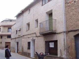 Village house in Bajo Aragon, Maella