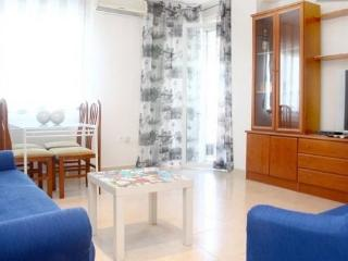 TANIA´S HOUSE, low cost apartment, Cordoba