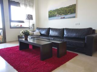 Fantastic 2BDR great location!, Tel Aviv