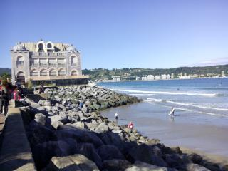 Estudio al borde del mar en al antiguo casino, Hendaye
