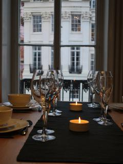 Dinner with friends overlooking this fascinating regency street