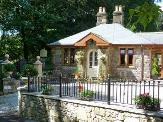 NORTH LODGE, semi-detached cottage, single-storey, woodburner, plenty to see and