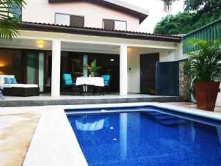 Casa Nina - great location and private pool