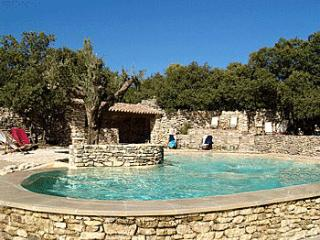 7 bedroom Villa in Gordes, Provence-Alpes-Cote d'Azur, France : ref 5247282