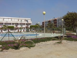 Natura world, Vera, Prov. de Almeria la urbanizacion  es nudista para banarse