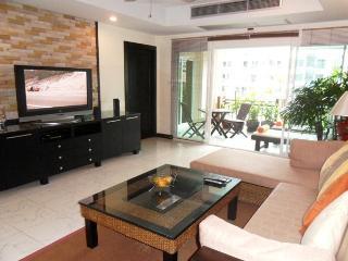 Palm Spring Condominium, Patong