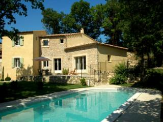 4 bedroom Villa in Goult, Provence, France : ref 2000143