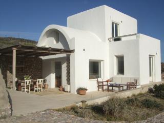 Villa Lydia, Fira