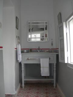 indian bath room