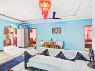 25 Minutes from airport,free breakfast., New Delhi