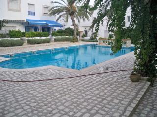 sony, Hammamet