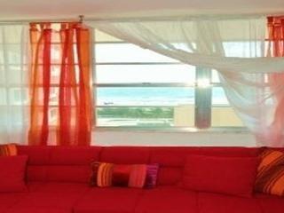 OceanFront Lincoln Rd. Studio, Miami Beach