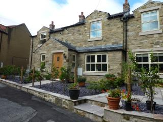 2CS Richmond, Easby