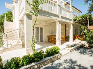 Villa Marija Ap.2 2 bedrooms 5 people, Orebic