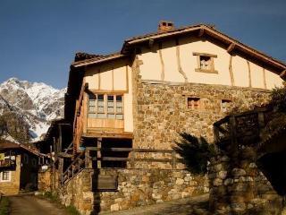 Casa Rural El Roble en Picos de Europa (Liébana), Argüébanes
