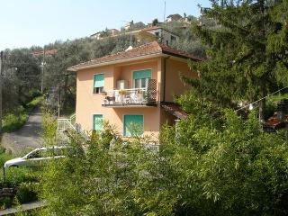Typical holidayhome in the heart of Ligurian coast