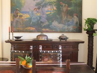 Large, elegant apartment with private garden in Florence, Florença