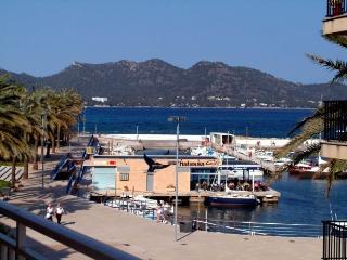 Apartamento de 100 m2  en el puerto Cala Bona