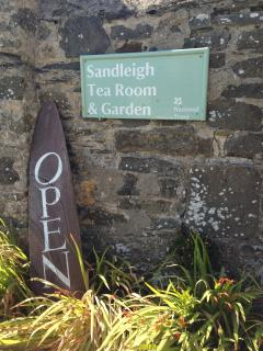 Sandleigh Tea Rooms are just a short stroll away and serve the best cream teas in Croyde.