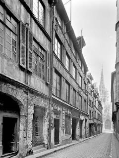 year 1951  sur la rue