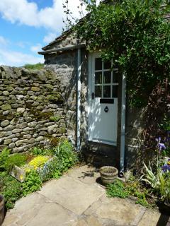 Door into the Kitchen.
