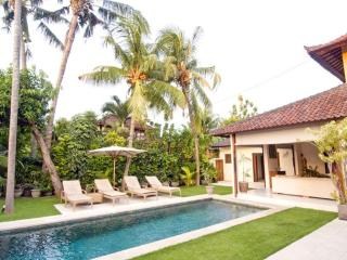 Aisha, Luxury 4 Bed Villa, Central Seminyak