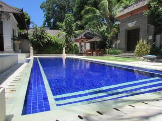Dewata III, Luxury 4/5 Bedroom Villa, Central Seminyak