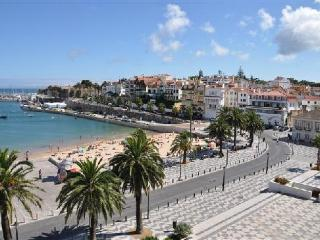 Historic centre apartment Cascais
