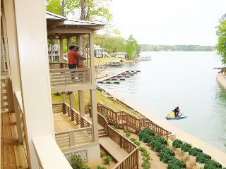 Resort-style Community with Optional Boat Rental, Dadeville