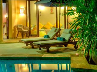 Elegant  2 Bedroom Villa, Eat St, Central Seminyak