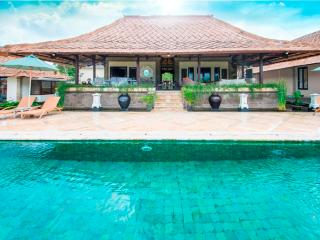 Puri Balangan, Magnificent 4 Bedroom Villa Ocean Views-Jimbaran