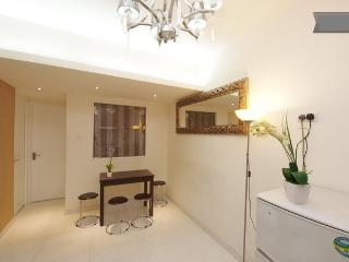 3 Bedroom Rental (HB) in the Heart of Wan Chai, Hongkong