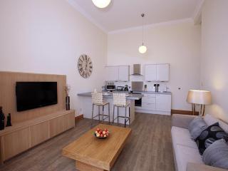 Number 4 Lounge Kitchen