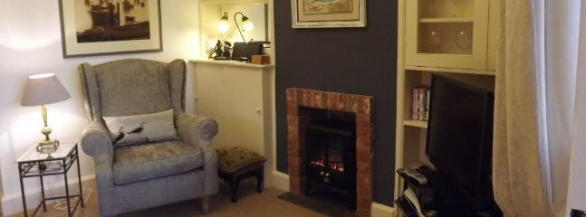 Quayside Cottage - sitting room
