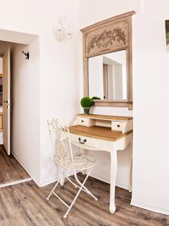 Desk Room n.2