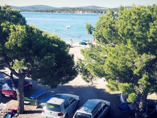 Apartman 10m from the beach Croatia, Turanj
